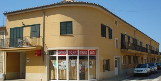 1º Piso con terraza solarium y buhardilla, en la Calle Mestre Miguel Deya, Consell