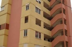 Apartamento en Cala Mayor, Edificio Panams, situado en la planta 7ª con ascensor, La vivienda se distribuye en un dormitorio, salón-comedor, cocina, un cuarto de baño.