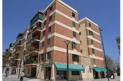 ¡¡ Oportunidad !! 3º piso en c/ Cala Malgrana, barriada de Son Cladera,necesita reforma, piso de Banco, la finca no dispone de ascensor